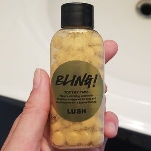 Lush tooth tabs